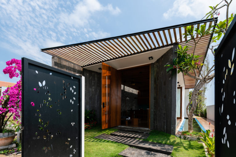 The water house - Ngôi nhà của vùng Nhiệt đới