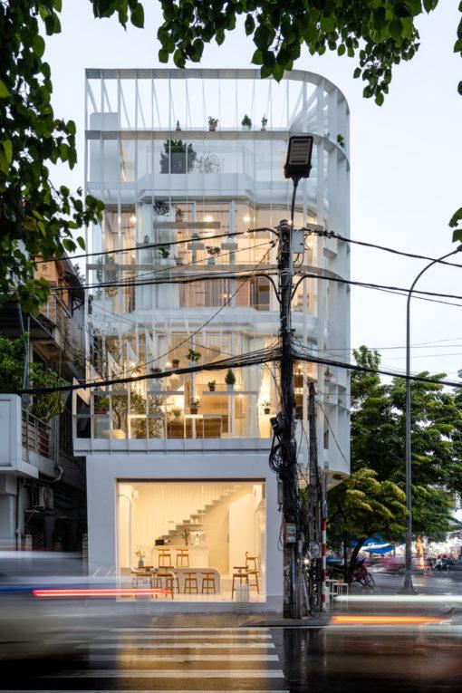 Ngôi nhà với gam màu trắng tinh khiết